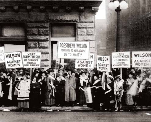 Picketing President Woodrow Wilson's speech in 1916, Library of Congress | Little Falls Historical Society Museum