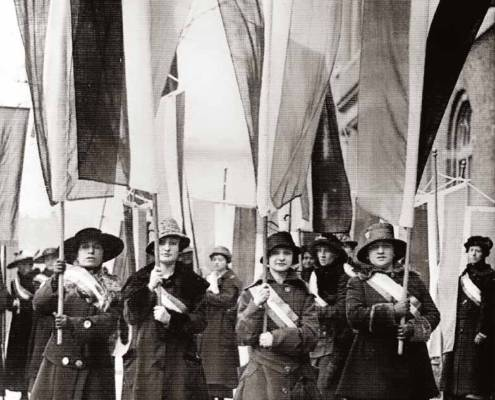 Wage-earning women picketing on February 18, 1917, Library of Congress | Little Falls Historical Society Museum